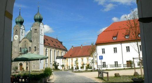 baumburg_kirche